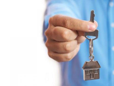 В Железногорске чиновник купил квартиру не по средствам